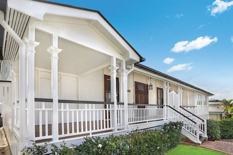 An example of Queenslander house painting in Ascot